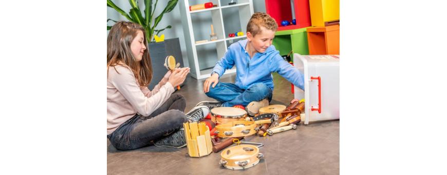 Malles et ensemble d'instruments